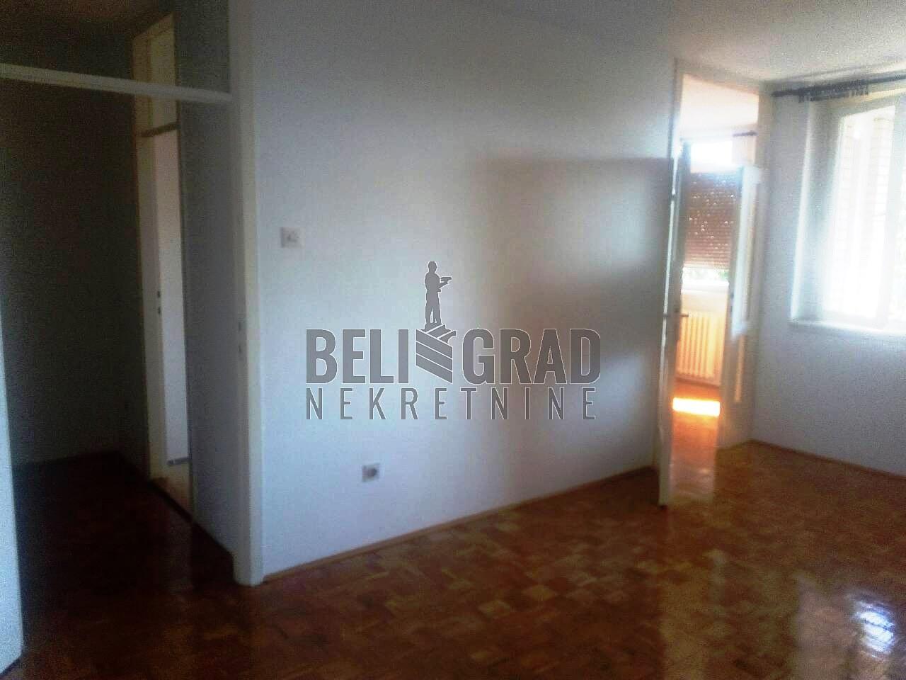 Stan , Beograd (grad) , Prodaja | Batajnica Svetog Serafima Sarovskog